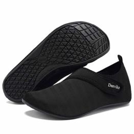 Deevike Damen Water Shoes Herren Barfuß Aqua Socken Slip on Yoga Übungsschuhe für Strandschwimmen Surf Pool Tauchen Schwarz Straps 44/45 - 1